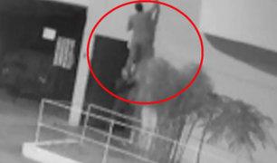 Surquillo: delincuentes trepan pared de casa para robar bicicleta