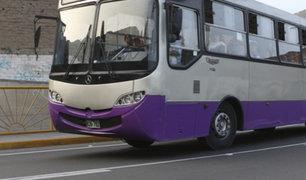 SJL: bus del Corredor Morado protagoniza aparatoso accidente
