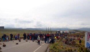 Puno: bloquean tramo de Carretera Interoceánica tras muerte de dos cocaleros