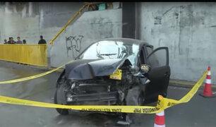 Cercado de Lima: sujeto muere tras chocar auto contra la base de un panel
