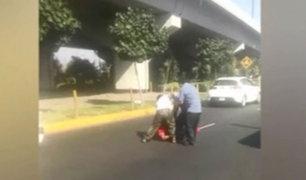 Chofer de bus y taxista se agarran a golpes en Av. Tomás Marsano