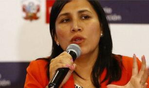 Presentan moción de interpelación contra ministra de Educación por textos escolares