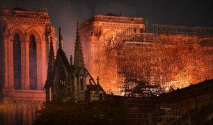 "Estructura de la catedral de Notre Dame de París ""está a salvo"""