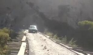 Ica: pobladores construyen puente y cobran peaje por usarlo