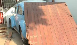 San Borja: buscan a chofer de auto que impactó contra vivienda