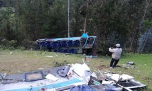 Solicitan prisión preventiva para chofer de bus que cayó al abismo en Piura
