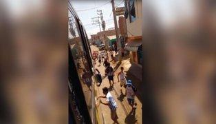 Bus que trasladaba a barristas de Alianza Lima fue atacado a pedradas en Lambayeque
