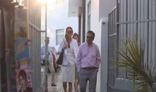 Pedro Pablo Kuczynski recibe visita de sus dos hijas en la clínica