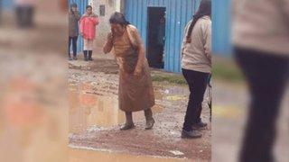 Puno: mujer queda gravemente herida tras ser atacada por perros callejeros