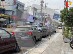 La Molina: Mujer estaciona su vehículo en espacio reservado para discapacitados