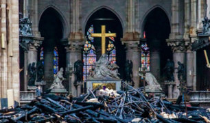 Notre Dame: hallan colillas de cigarro en zona de origen del incendio