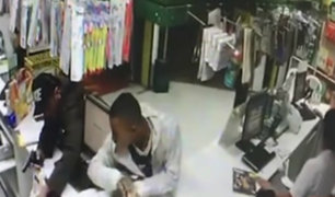 Callao: delincuentes asaltan farmacia en distrito de Mi Perú