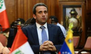 Lanzan portal que promoverá a profesionales venezolanos a empresas peruanas