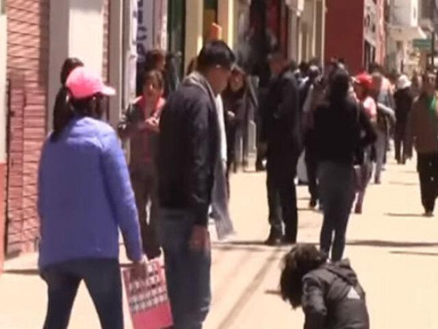 Huancayo: golpean a policía por dramatizar escena de violencia contra la mujer