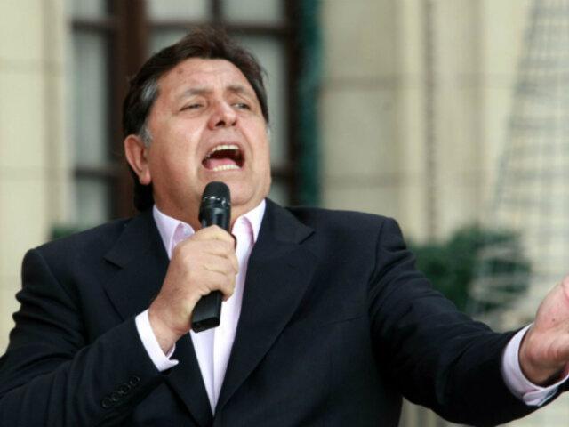 Alan García y su afición por la música peruana