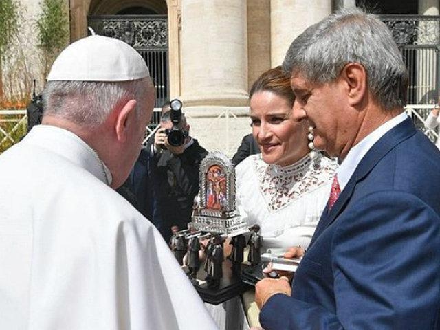 Piden a Santo Padre rezar por la situación política del Perú