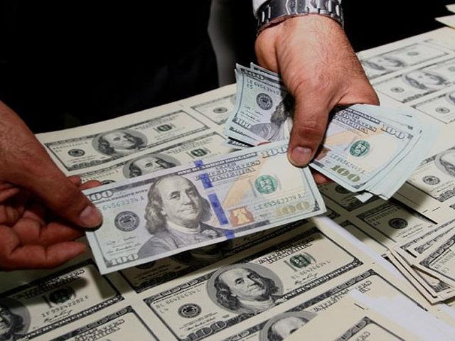 Detienen sujeto con 50 mil dólares falsos en San Juan de Lurigancho