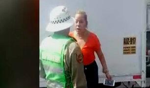 Policía denunció a mujer que lo agredió en Plaza San Martín
