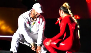 Anuel AA y Karol G hicieron bailar a miles en concierto en Lima