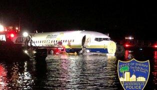 FOTOS: avión con 136 pasajeros cayó a un río en EEUU