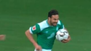 Sigue brillando en Alemania: Claudio Pizarro anotó golazo de zurda