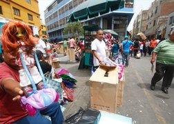 Mesa Redonda: ambulantes regresan y se ubican junto al lugar del siniestro