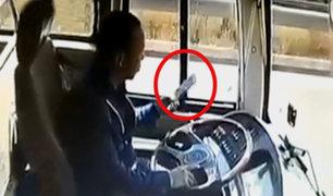 China: conductor se estrella contra camión por mirar el celular