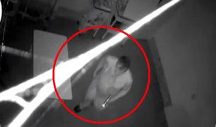Tarapoto: delincuente es captado robando 32 mil soles de botica