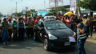 Conmoción en Trujillo: sicarios asesinan a 3 personas que iban a bordo de un taxi