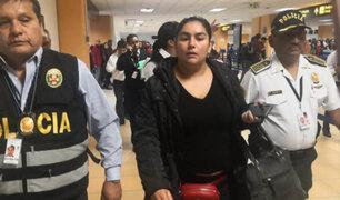 Pareja de mujer policía deportada en Chile tiene antecedentes y sigue prófugo