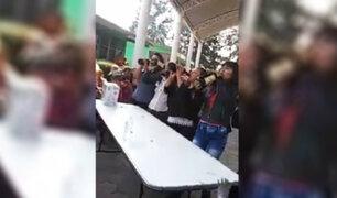 México: escuela realiza concurso de beber cerveza por el Día de la Madre