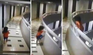 Tailandia: niña sonámbula cae desde el piso 11 de un hotel y sobrevive