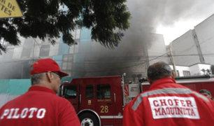 Municipalidad paraliza construcción de edificio incendiado en Miraflores