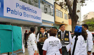 Jesús María: mujer muere tras lanzarse de policlínico Pablo Bermúdez
