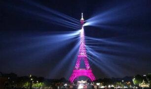 Francia: la icónica Torre Eiffel celebra sus 130 años