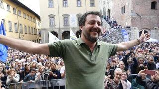 Polémica en Italia: ministro solo estuvo 17 días en su despacho este año