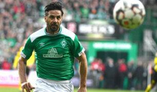 Claudio Pizarro renovaría contrato con el Bremen