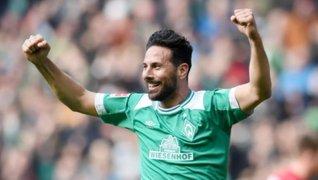 Claudio Pizarro renovó por un año más con el Werder Bremen