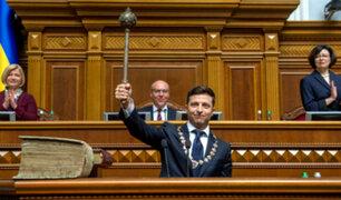 Ucrania: Zelenski disolvió el Parlamento tras juramentar como presidente
