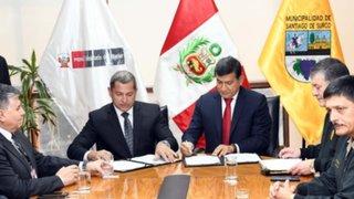 Surco y Mininter firman convenio para prestación de servicios policiales