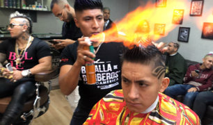 Miraflores: barberos cortan el cabello con fuego a clientes