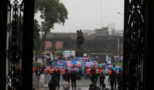 Centro de Lima: caos vehicular generó marcha del colectivo 'Con Mis Hijos No Te Metas'