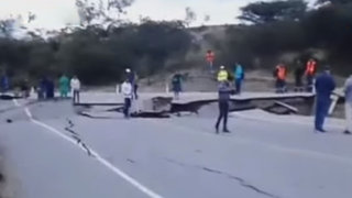 Carretera Cajamarca-Cajabamba con serios daños por terremoto