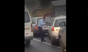 Panamericana Norte: conductor particular amenaza con pistola a taxista