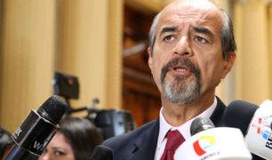 Mulder plantea que grupo que investiga encuestadoras incluya a asesor presidencial