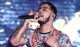 Anuel AA confunde a El Salvador con Guatemala durante concierto