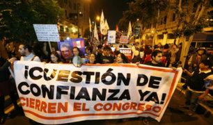 Cientos de ciudadanos marcharon a favor de la reforma política
