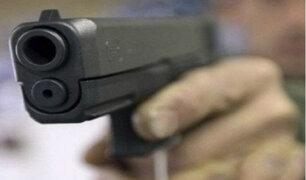 Sujetos armados asaltaron a taxista en calle de Surco