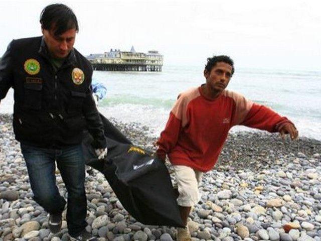 Costa Verde: abandonan cadáver  de una persona de aproximadamente 28 años