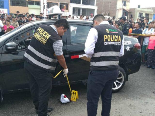 Trujillo: asesinato de 3 personas que iban bordo de taxi sería por rivalidad entre bandas criminales